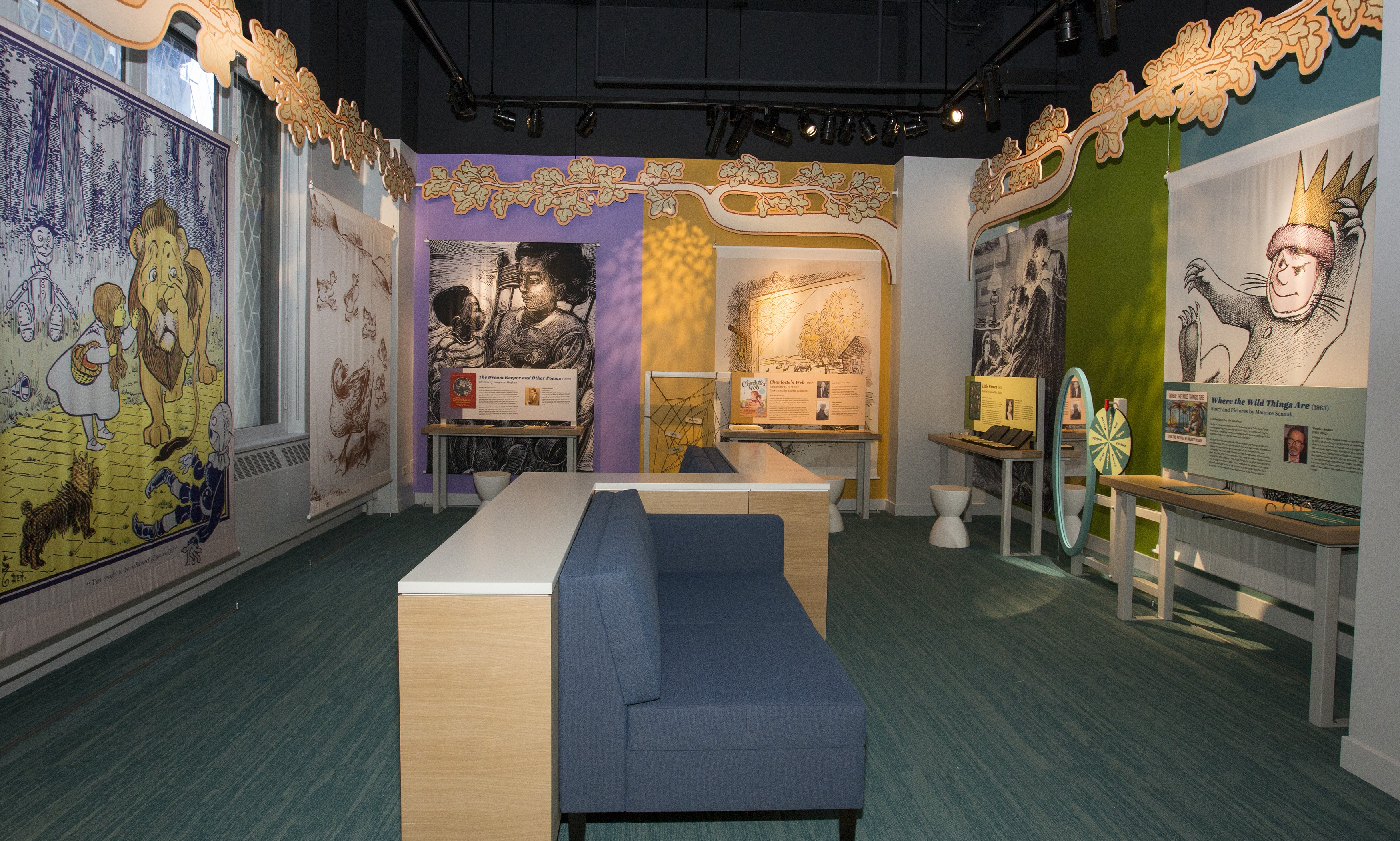 A new museum in Chicago honors writers with scents, visuals