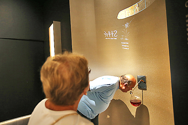 Ancient scent reborn for exhibition at Athens Archaeological Museum | Borneo Bulletin Online