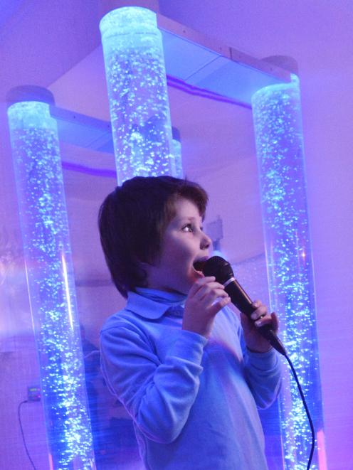 Sensory room spurs six-year-old to sing | ODT