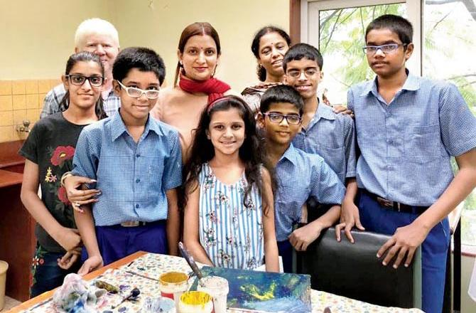 Teaching a bunch of visually impaired kids to paint by recognising each colour by its unique smell | Mid-day.com