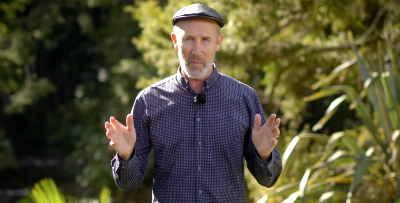 Battling anti-Semitism with multisensory Holocaust survivor stories   J-Wire