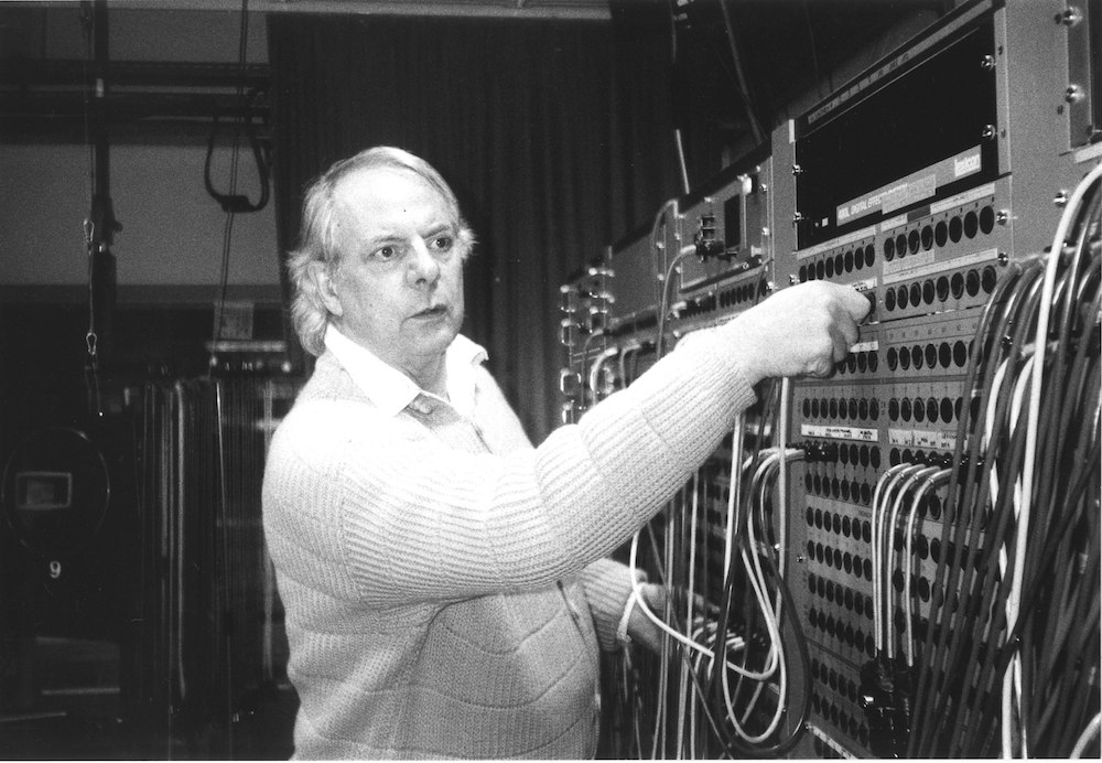 The History of Electronic Music in 476 Tracks (1937-2001) | Open Culture