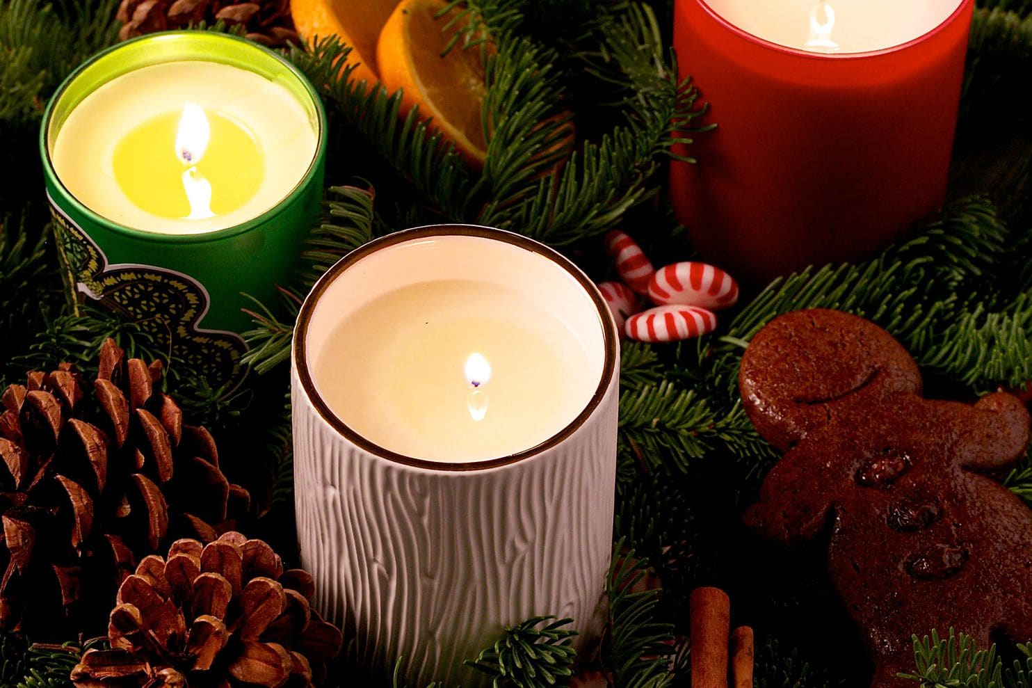 Gingerbread, fir or burning wood: Can a scented candle capture the essence of Christmas? | The Washington Post