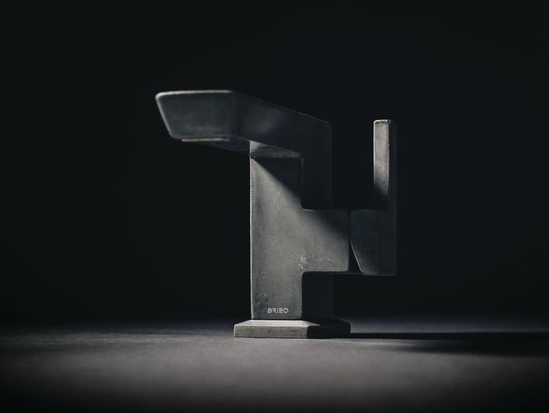 The Vettis Concrete Single-Handle Faucet
