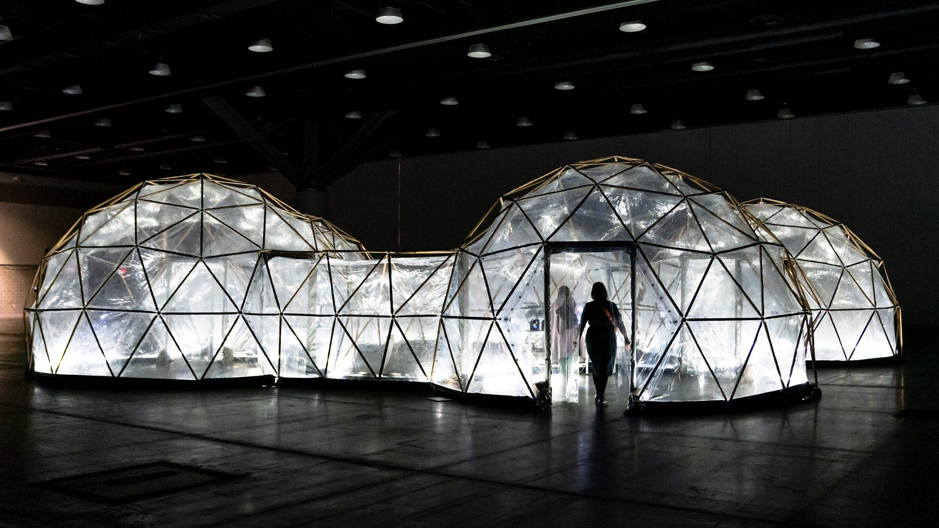 Pollution Pods lets you experience the smog of five cities | Quartzy