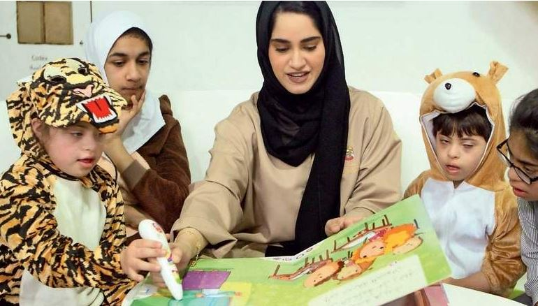 Visually-impaired artists hone their skills at MoCD workshop | Khaleej Times
