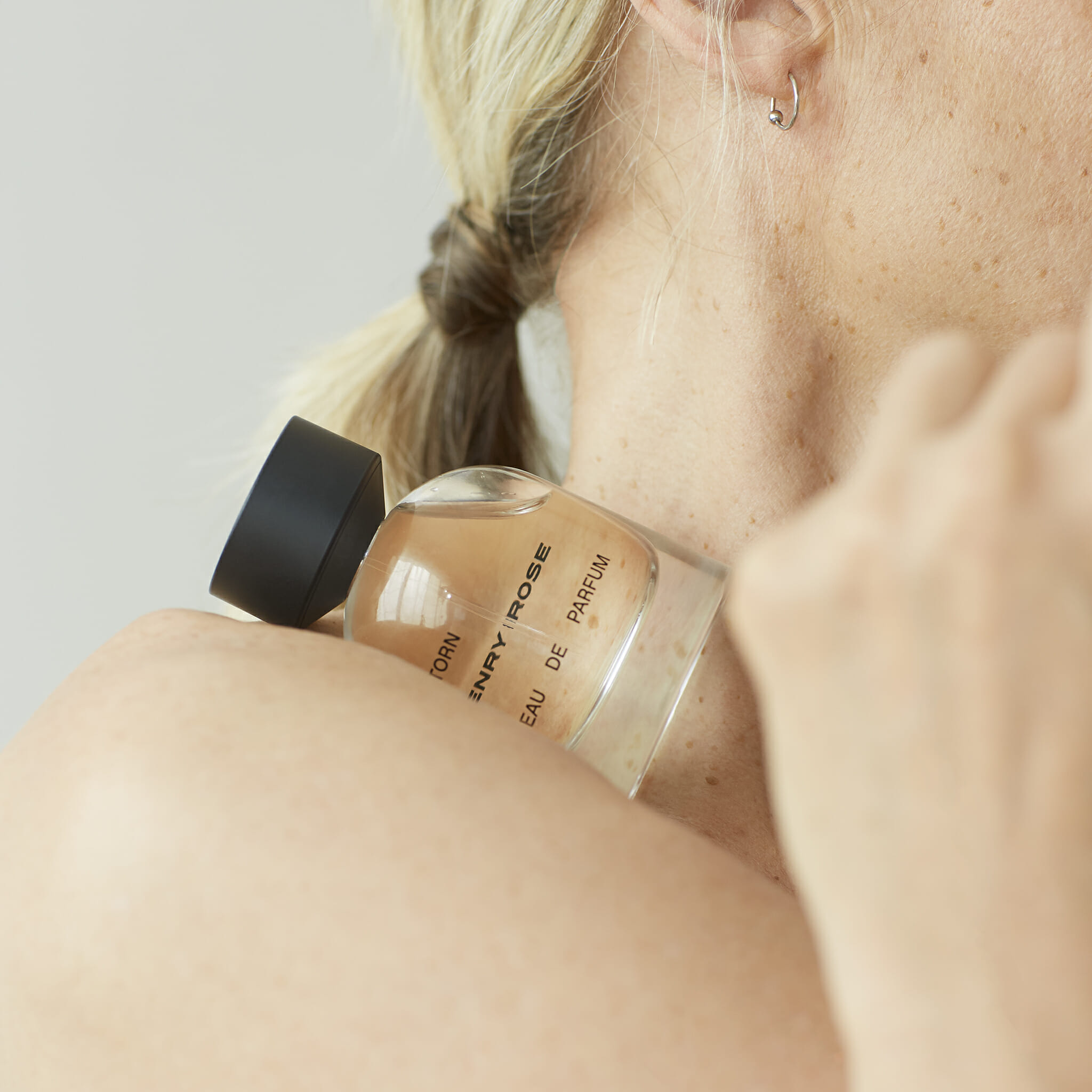 Should We All Switch to Natural Perfume? | Man Repeller