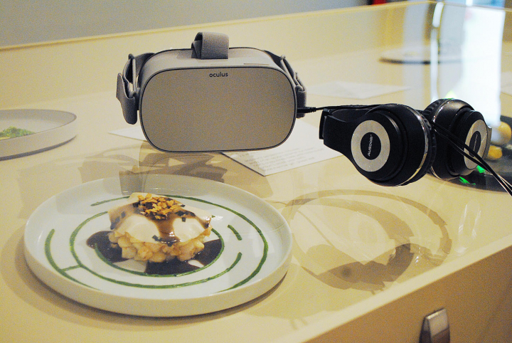 A Virtual Reality Meal Is a Powerful Comment on Being Asian in America | Hyperallergic