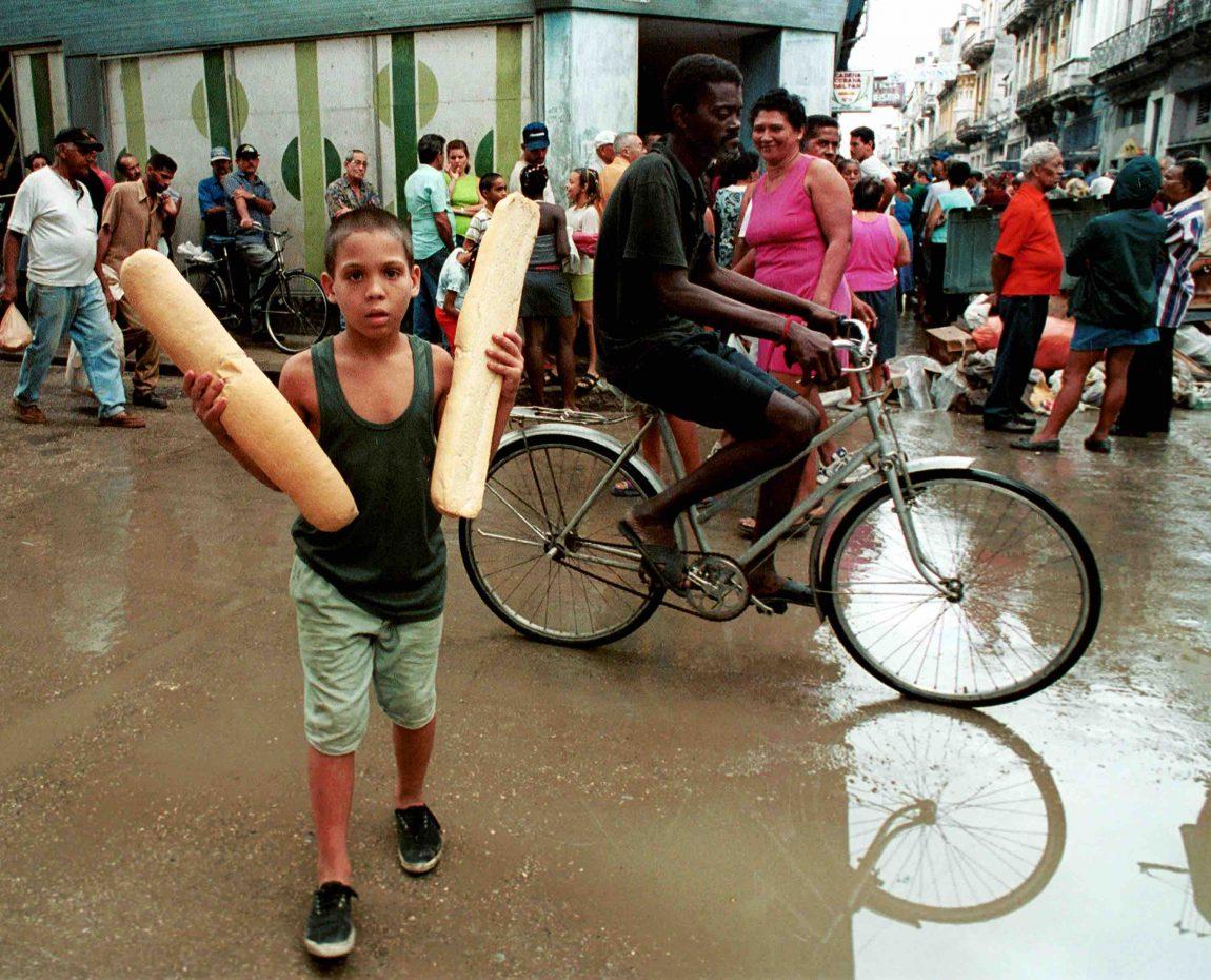 LA Entrepreneur Captured the Intoxicating Scent of Cuban Bread   Remezcla