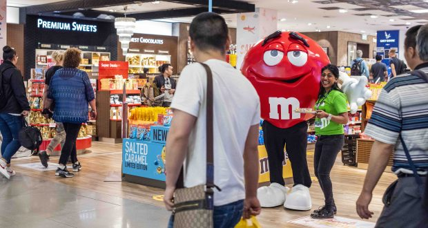 M&M's hails tasting and scent marketing 'boldest' digital media campaign at Schiphol | DFNI Online