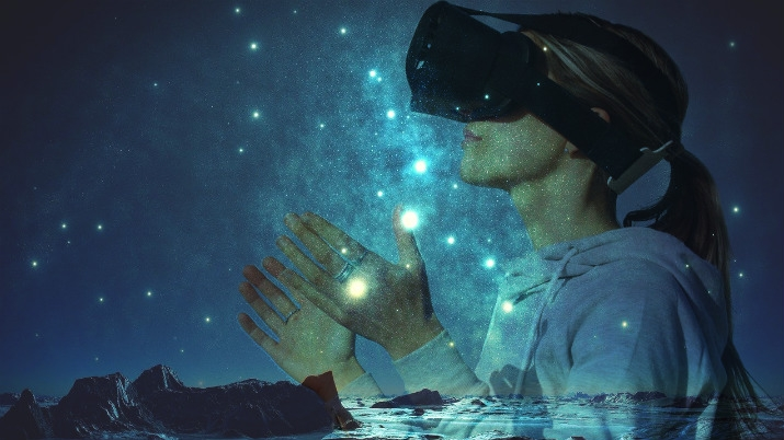 Scientists Hope to Replicate 'Overview Effect' With VR and Floatation Chamber | Outerplaces