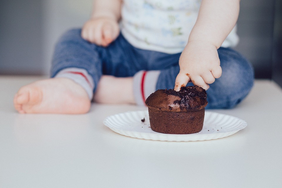 Direct touch of food makes eating experience more enjoyable | ScienceDaily