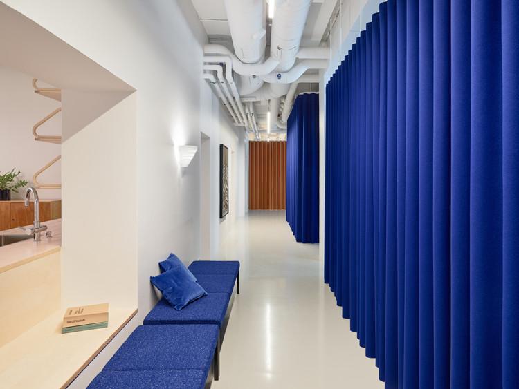 Artek HQ Helsinki / SevilPeach. Image © Tuomas Uusheimo Photography