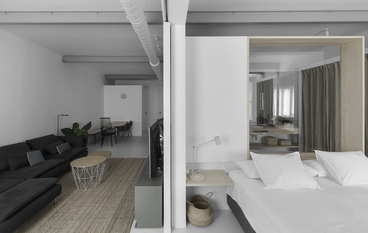 Apartamento en Delicias / EME157 estudio de arquitectura. Image © Luis Alda
