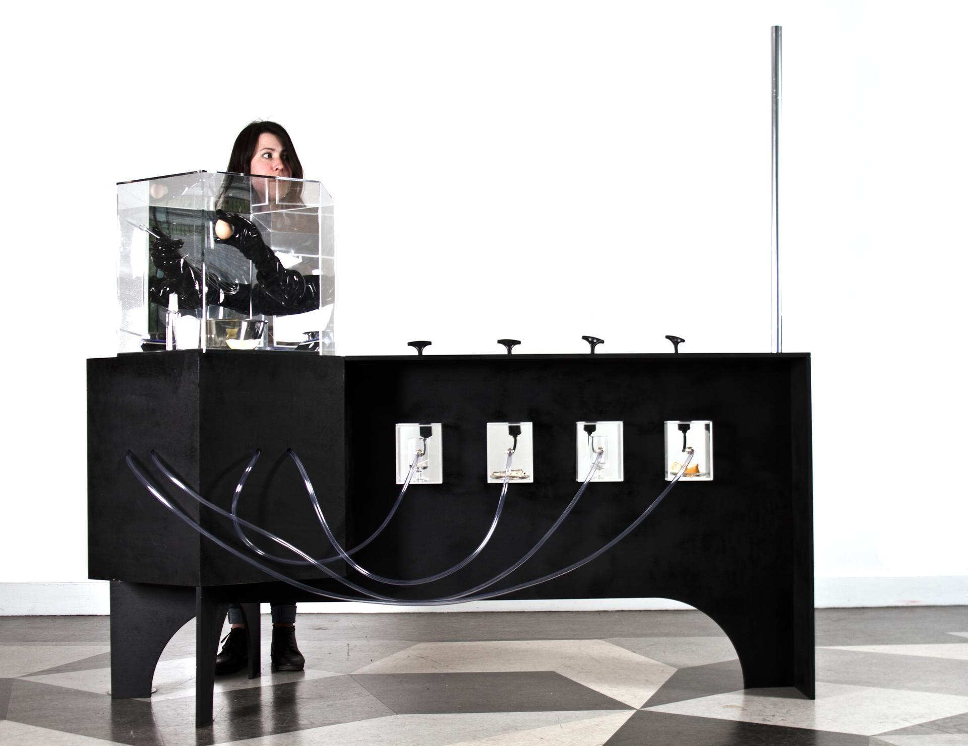 The Smog Tasting Project evolved in 2015 to include a smog synthesizer, which CGG built in collaboration with academics from the University of California, Riverside. Jordan Ralph Design