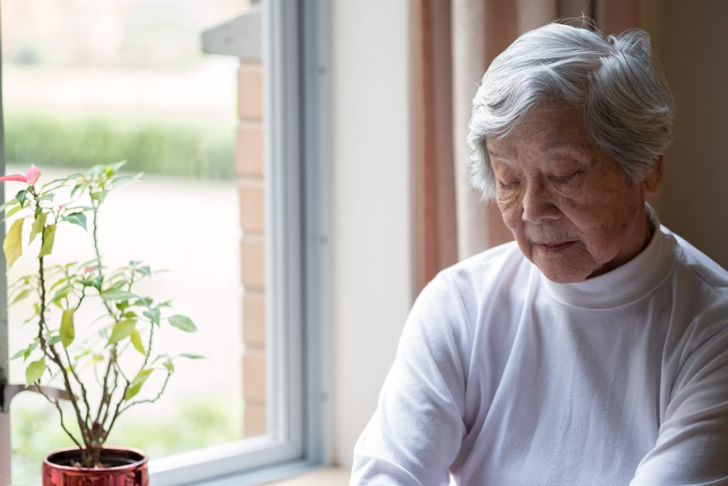 Hearing plus vision loss increases the odds of dementia | Medical News Today
