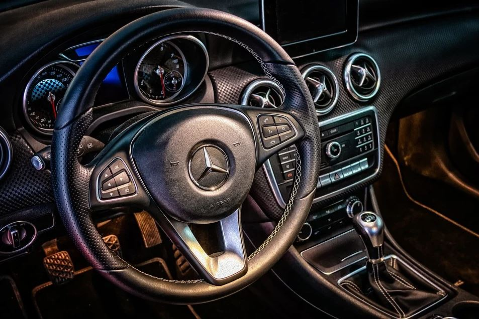 Mercedes-Benz: First listening test of the holistic sound production: Electric mobility turns into an acoustic experience | Automotive World