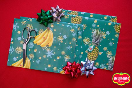 Del Monte scented wrapping paper