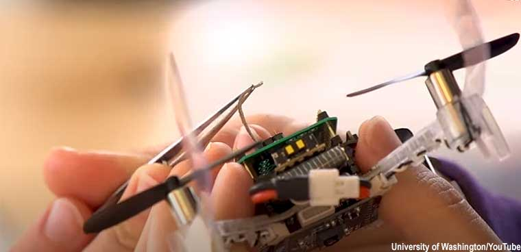 'Smellicopter' uses a live moth antenna to hunt for scents | GCN