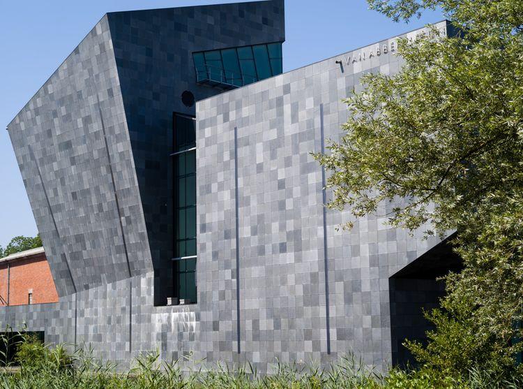 Van Abbemuseum Introduces 'Tactile Drawings' and 'Scent Interpretations' | Ocula