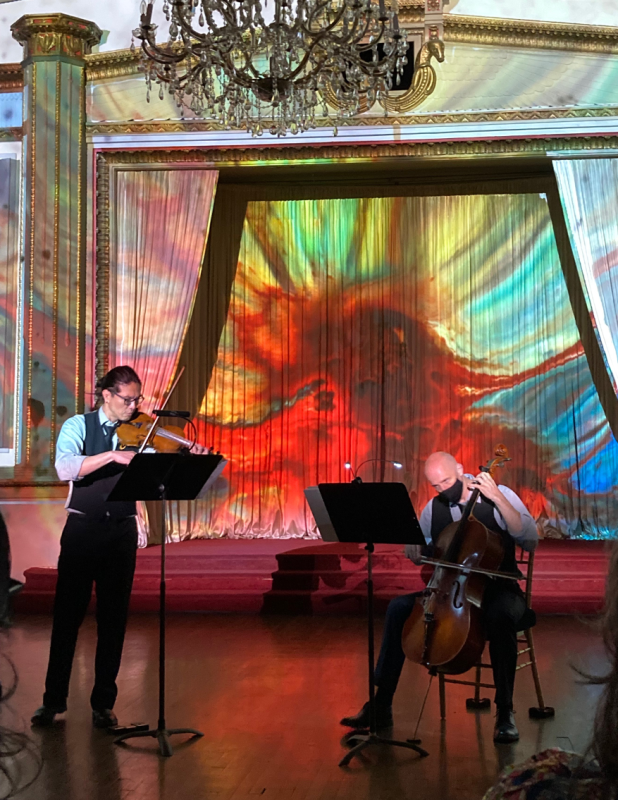 Musician creates unique concert experiences that involve sight and smell | Evanston RoundTable