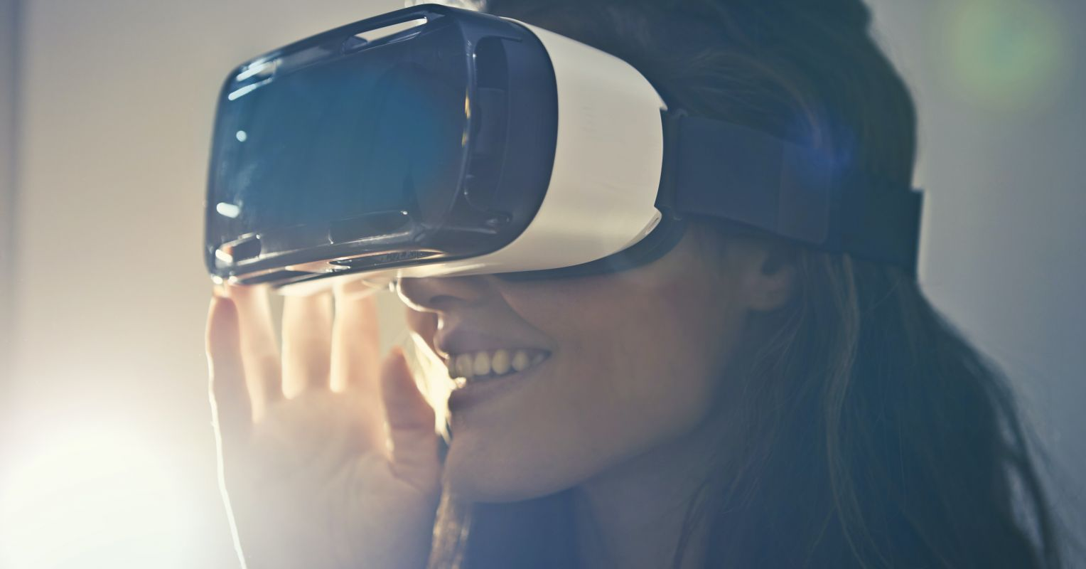 New Research Finds Virtual Reality Can Help Treat Anxiety | Phycology Today